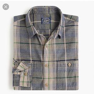 Like new!  J. CREW sportsman flannel in khaki, L.